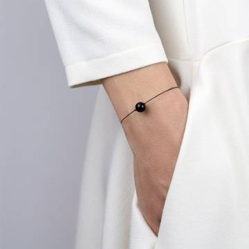 black tourmaline mini cosmo beaded bracelet 2