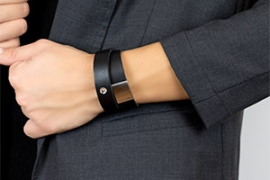 Confidence Star Featured Leather Bracelet